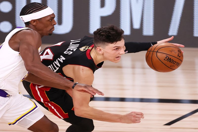 Miami Heat batem Lakers batem e reduzem desvantagem na final da NBA para 2-1